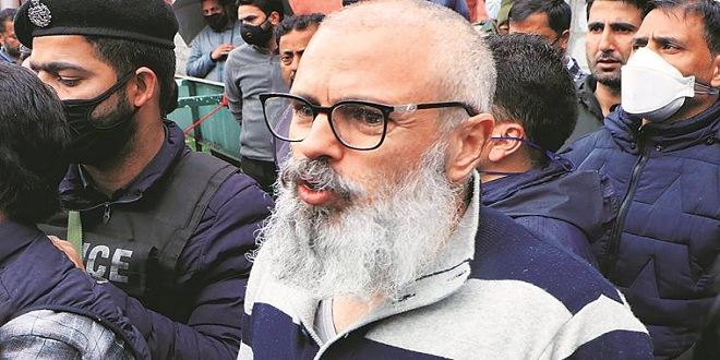 Freed Abdullahs, have enormous problems ahead