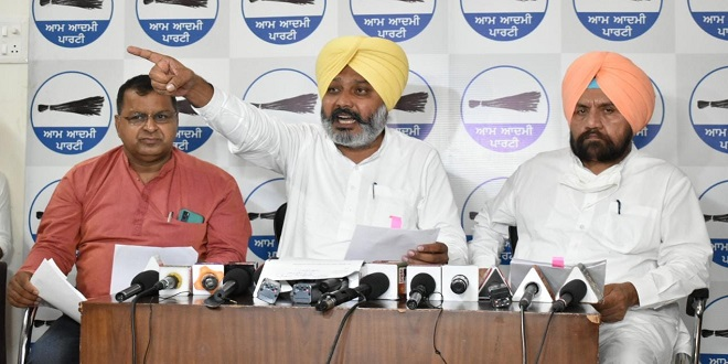 Challenge, whether Channi and Sidhu take action against corrupt ministers or prove themselves as new 'Ali Baba' like Captain